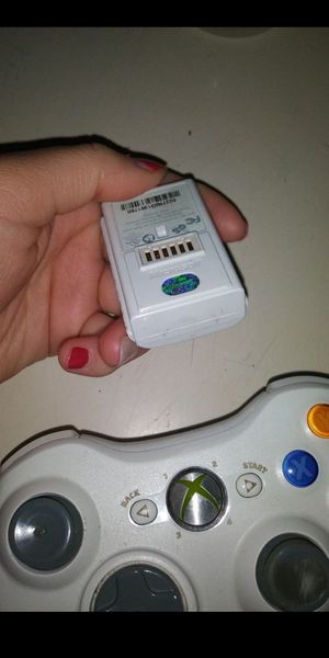 Xbox 360 wireless rechargeable controller for Sale in Encinitas, CA