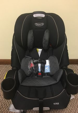 Graco 4Ever 4-in-1 Convertible Car Seat for Sale in Duquesne, PA