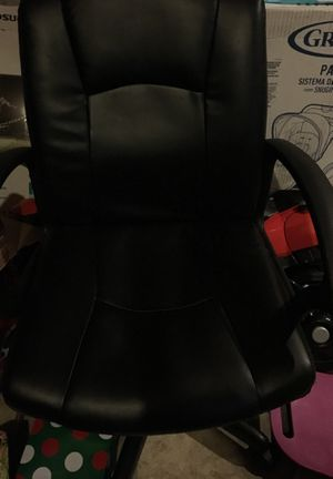 Office chair for Sale in Massillon, OH