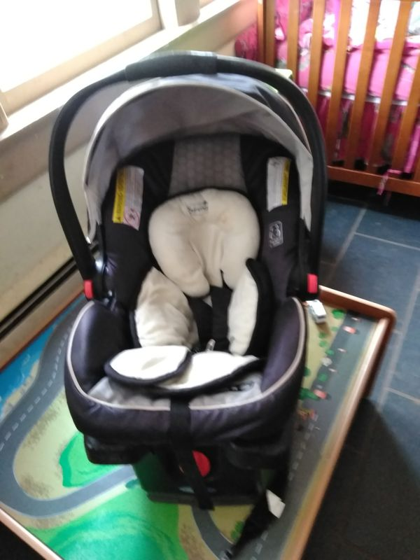 Graco Quick Connect car seat
