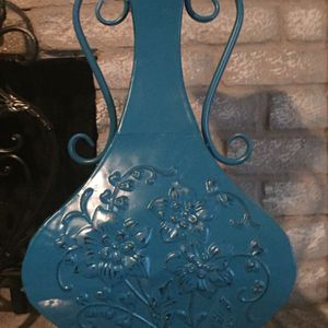 Beautiful Teal Metal Decor for Sale in Houston, TX