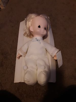 1985 precious moments jesus loves me doll for Sale in Greenville, SC