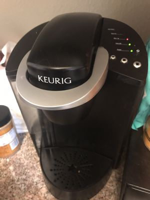 Keurig K Classic coffee maker and k cup draw for Sale in Pasadena, CA