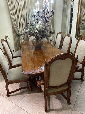 Huge nice dining table !! for Sale in Redlands, CA