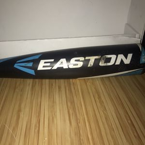 """Easton S300 Baseball Bat 27"""" 15oz (-12) 2 1/4 Barrel Little League YB14S300 for Sale in West Dundee, IL"""