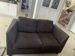 Beautiful set ( love seat and sofa) for Sale in Las Vegas, NV