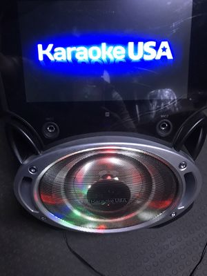 BRAND NEW SPEAKER WITH SCREEN NEVER OPENED for Sale in Montclair, CA