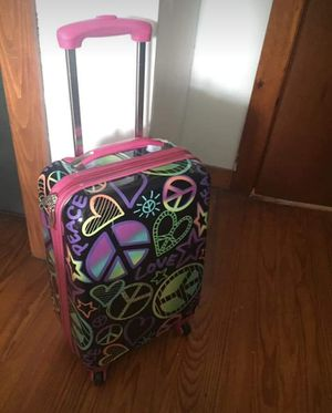 Justice Hardshell suitcase for Sale in Milton, PA