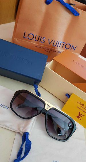 Louis vitton sunglasses for Sale in Menifee, CA