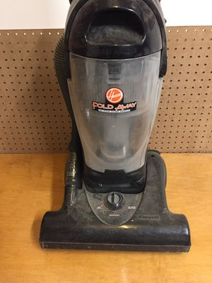 Hoover Fold Away Wide Path Vacuum for Sale in Houston, TX