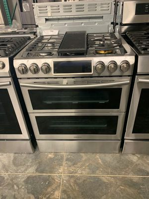 SAMSUNG Slide in Double Oven Gas Range Power Burner for Sale in Chino Hills, CA