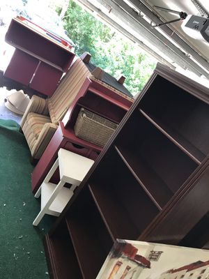 Furniture, mirrors, lamps for Sale in Plant City, FL