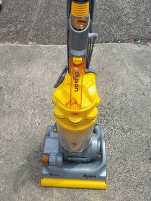 Dyson Vaccume cleaner for Sale in Vancouver, WA