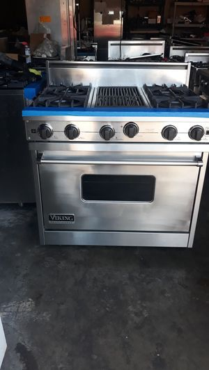 """VIKING PROFESSIONAL STOVE 36"""" NATURAL GAS 4 BURNERS AND GRILL for Sale in Hayward, CA"""