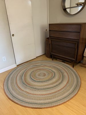 New are circle jute rug for Sale in Fontana, CA