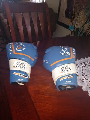 Used Rival High Performance Pro Sparring Blue Gloves 14oz by  Rival Boxing for Sale in Brentwood, MD
