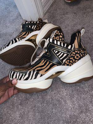 Original Michael Kors sneakers for Sale in Orlando, FL