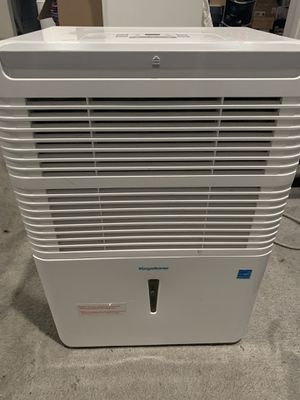 Keystone 50 pint dehumidifier used great condition for Sale in Glen Burnie, MD