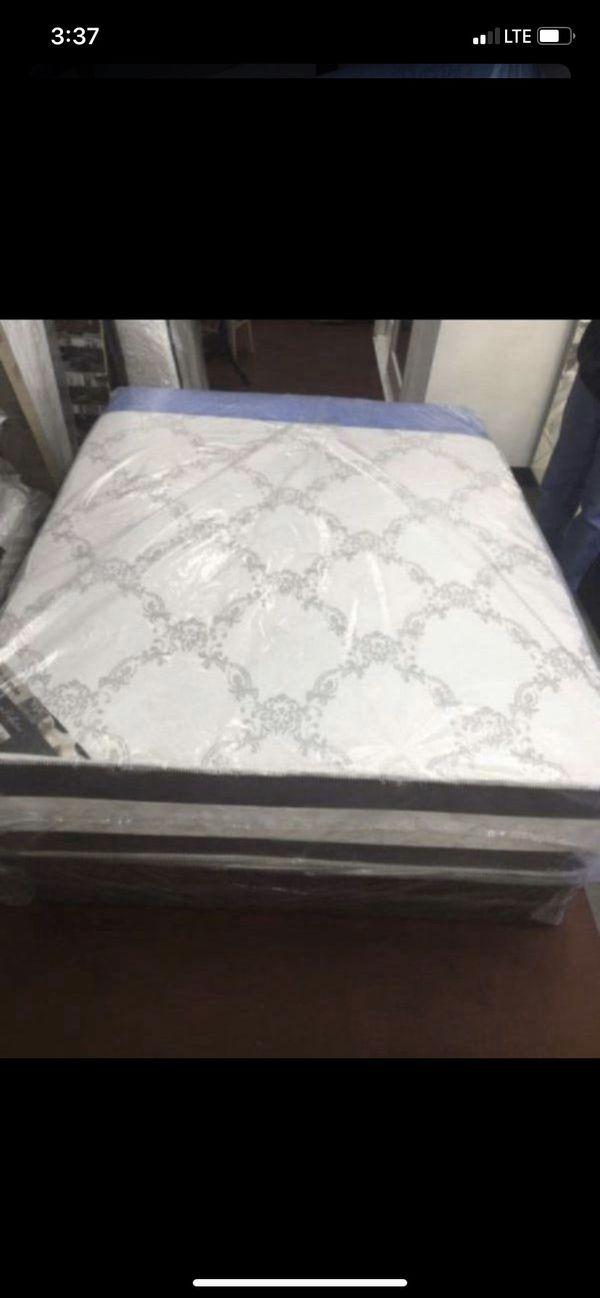 New Beds//Nuevas Camas! Free Delivery!