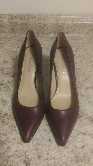 Coach pumps burgundy, studs around toes, 7.5, with bag for Sale in Seattle, WA