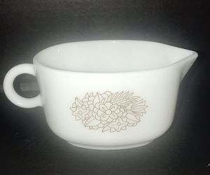 Pyrex Gravy Boat **No Underplate** 77-8 for Sale in Naples, FL