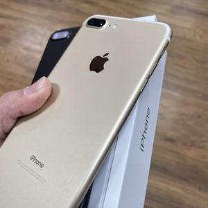 iPhone 7 Plus Unlocked Plus Warranty for Sale in Bowie, MD