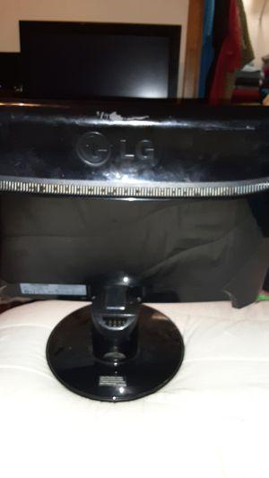 17 inch lg monitor for Sale in Joplin, MO