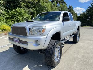 2006 Toyota Tacoma lifted on 35s for Sale in Seattle, WA