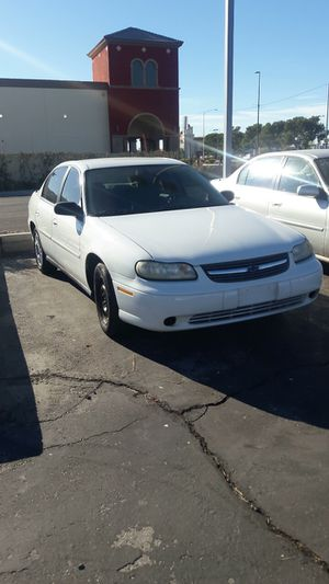 2005 Chevy classic for Sale in Las Vegas, NV