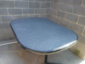Table for Sale in Columbia, SC
