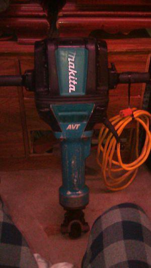 70 Makita AVT Hammer Breaker for Sale in Lake View Terrace, CA