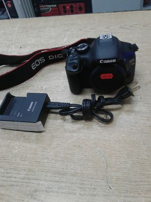 Canon EOS Rebel T2i DSLR Camera for Sale in Baltimore, MD
