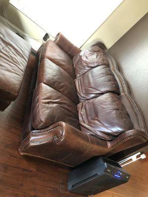 Leather couch, Chair, Ottoman and End Table for Sale in Tacoma, WA