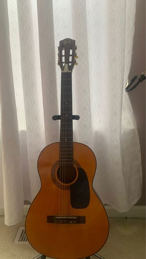 Kids acoustic guitar for Sale in Crest Hill, IL