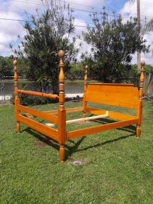 🌹Bed Frame King Size 🌹 for Sale in Pembroke Pines, FL