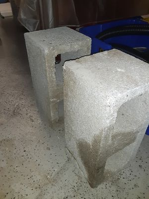 2 cinderblocks, free for pick up for Sale in Boynton Beach, FL