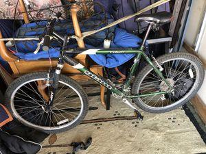 Giant bike works great for 140 bucks Thornton for Sale in Denver, CO