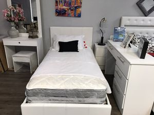 Brand new leather twin 4 pc bedroom set no mattress for Sale in Miami, FL