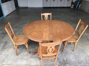 Solid Oak Table & Chairs for Sale in Lynchburg, VA
