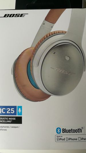 Bose qc Bluetooth wireless headphones for Sale in College Park, MD