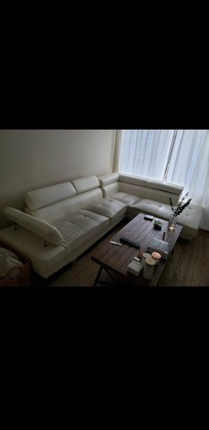 MUST GO TODAY (TUESDAY)! White faux leather sectional couch for Sale in Los Angeles, CA