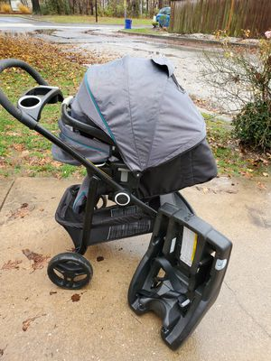 Graco click connect 5/15 for Sale in Essex, MD
