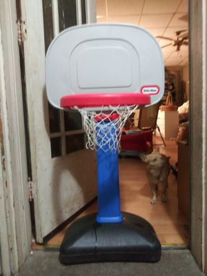 Basketball hoop expands from 2ft to 5ft for Sale in UPPR CHICHSTR, PA