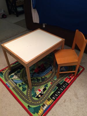 Kids desk and chair for Sale in Seattle, WA