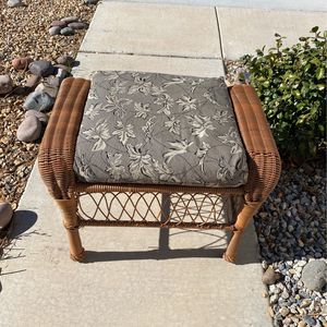 Antique 1970s Stool for Sale in Victorville, CA