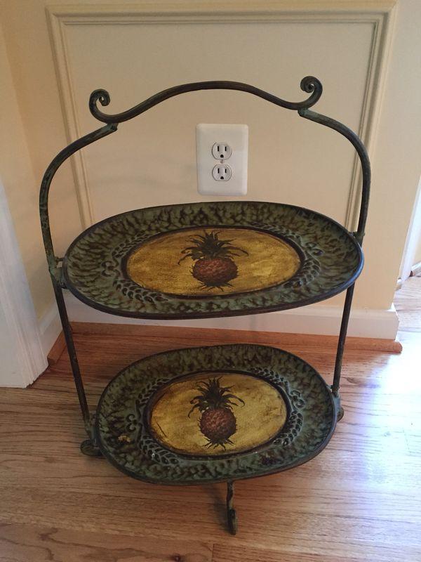 2 tier decorative tray