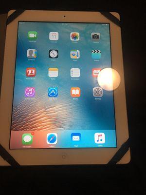 Apple iPad/ 2nd generation 16gb for Sale in Tacoma, WA