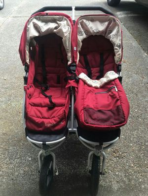 Bumbleride double stroller for Sale in Los Angeles, CA