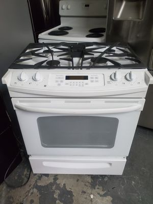 Ge 30in gas slide in stove for Sale in The Bronx, NY
