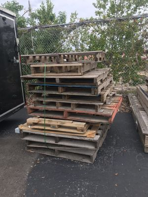Wooden pallets for Sale in Tampa, FL